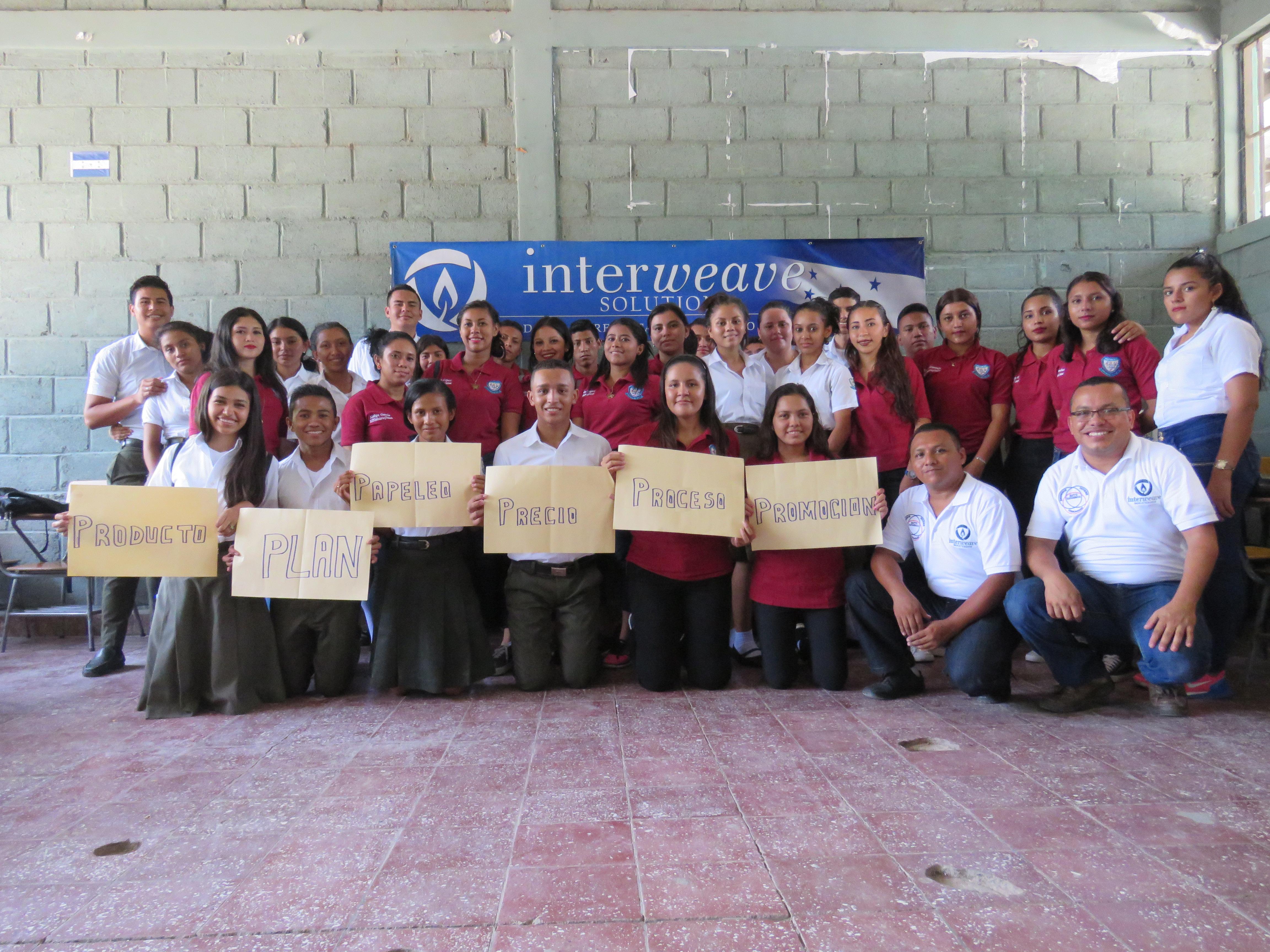 Grupo de Estudiantes Intae Choluteca Honduras